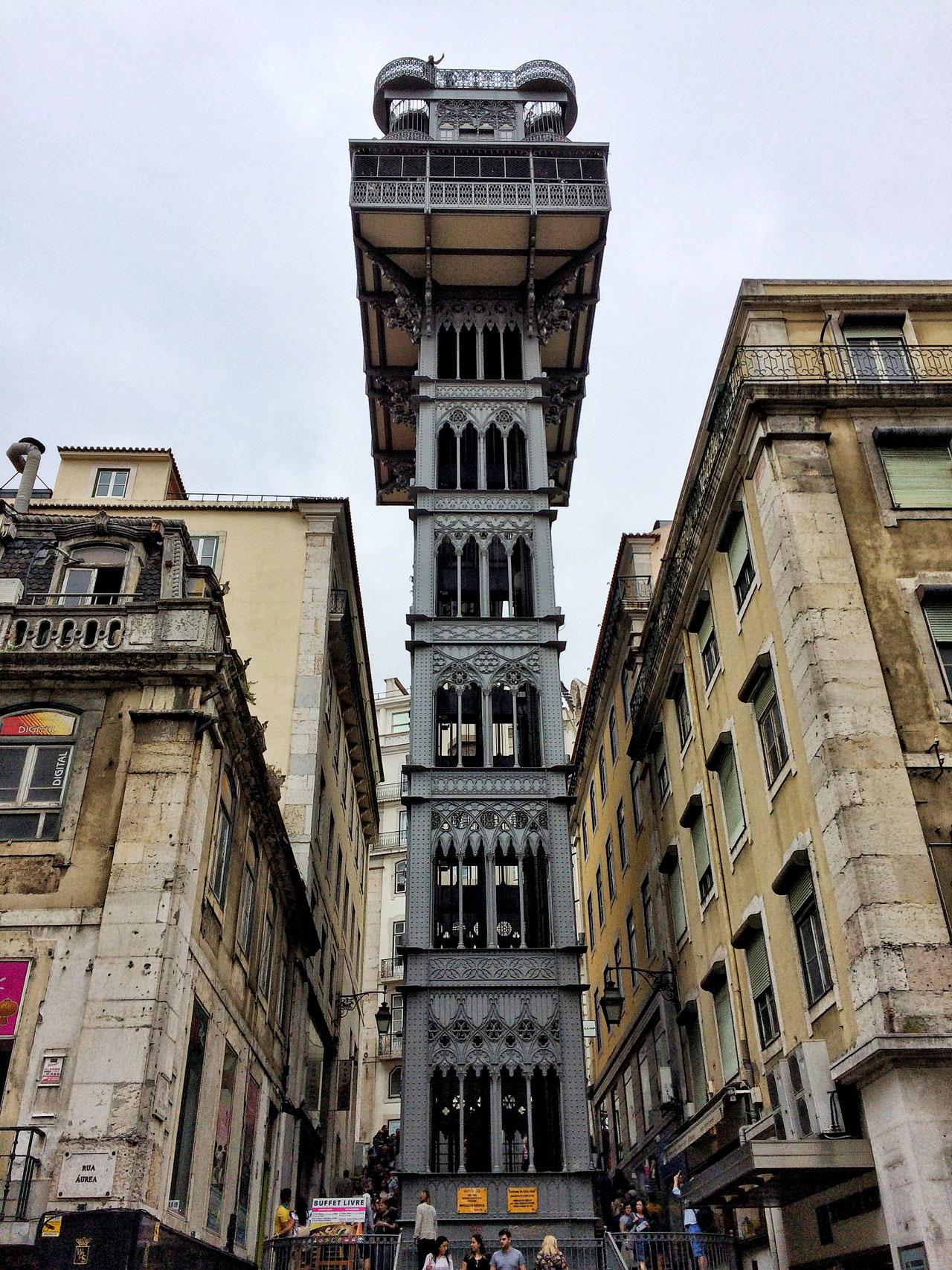 Der bekannte Aufzug in Lissabon