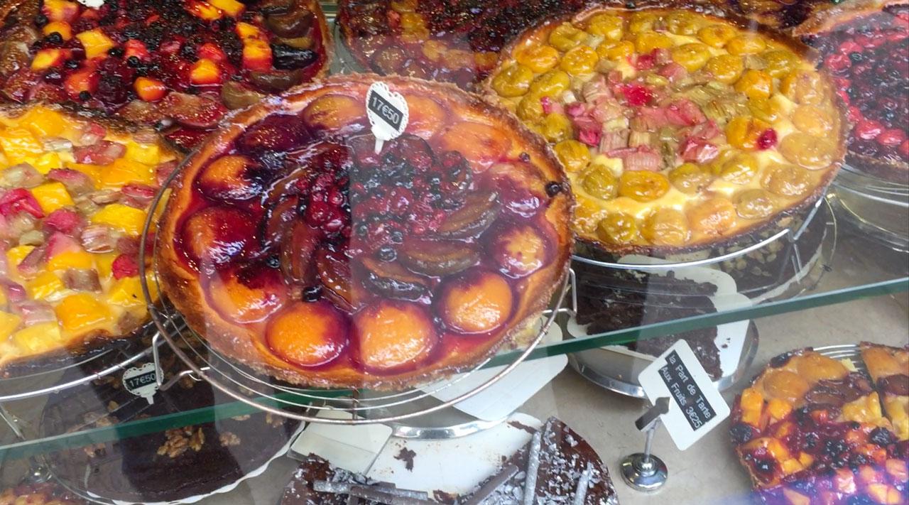 Die Patisserie Les Petits Mitrons in Paris