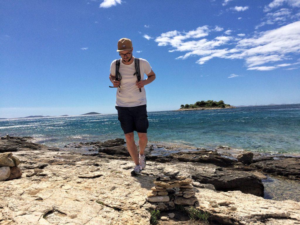 Die Bucht Murter Kosarina in Kroatien