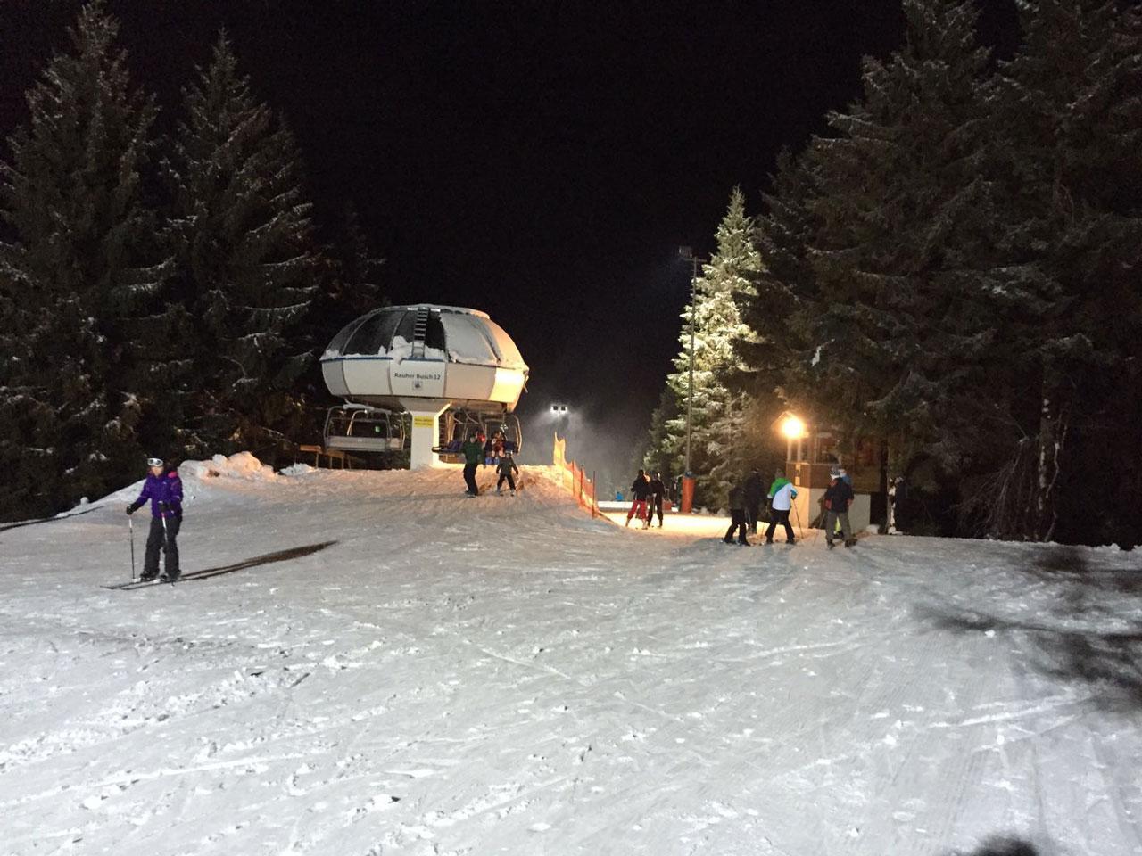 Nächtliches Skifahren in Winterberg.