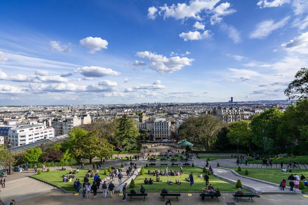 Blick auf Paris vom Hügel Montmartre
