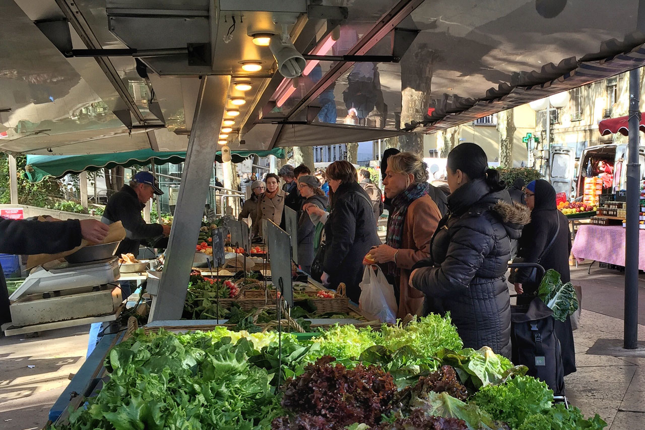 Typischer Markt in Lyon