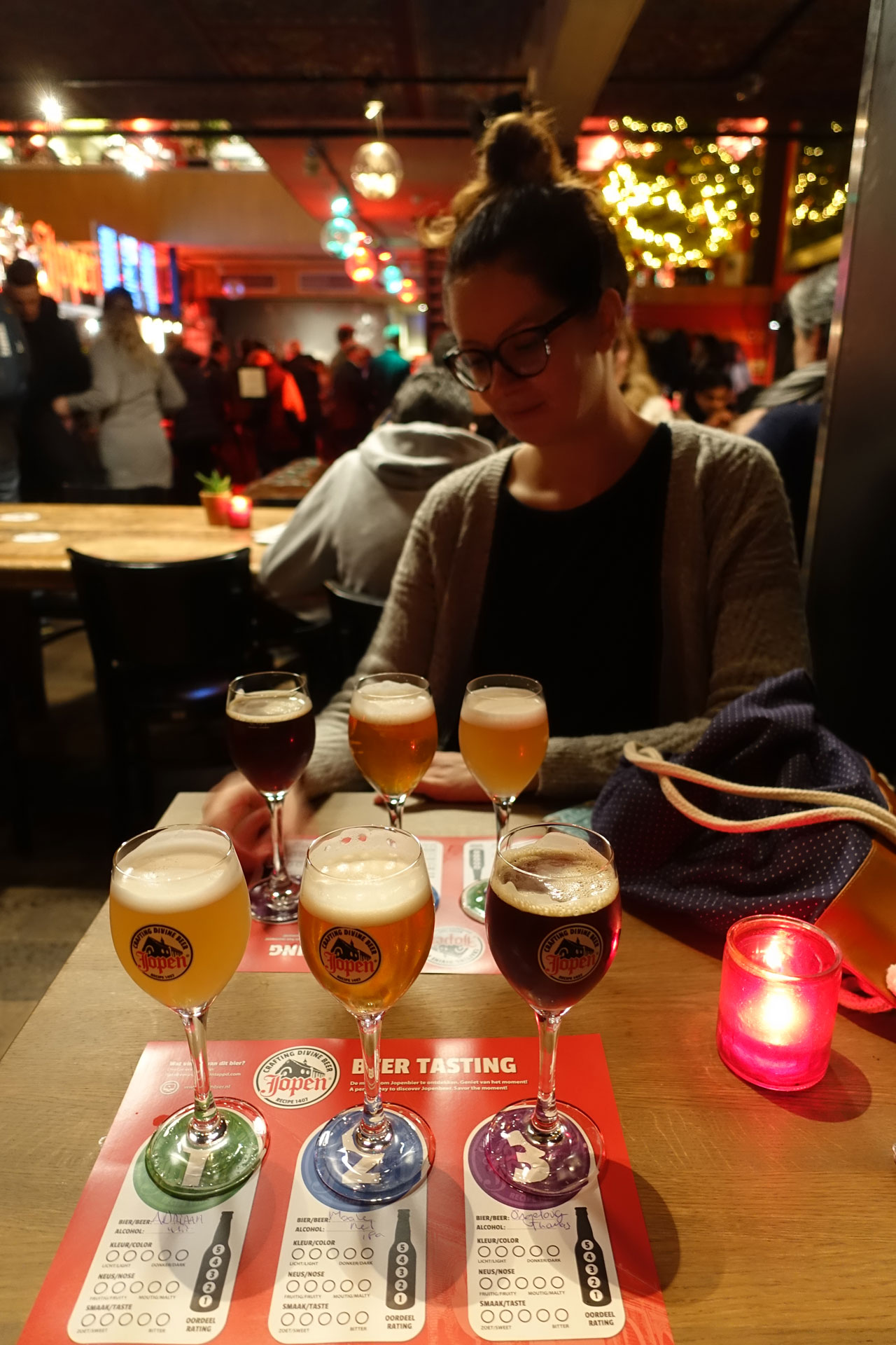 Bierverkostung in der Kirche Haarlem