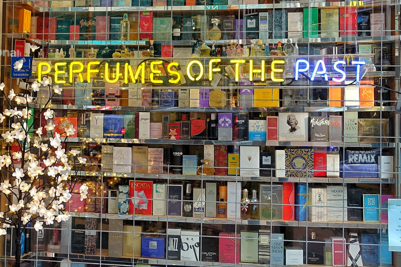 Perfumes of the Past Haarlem Amsterdam
