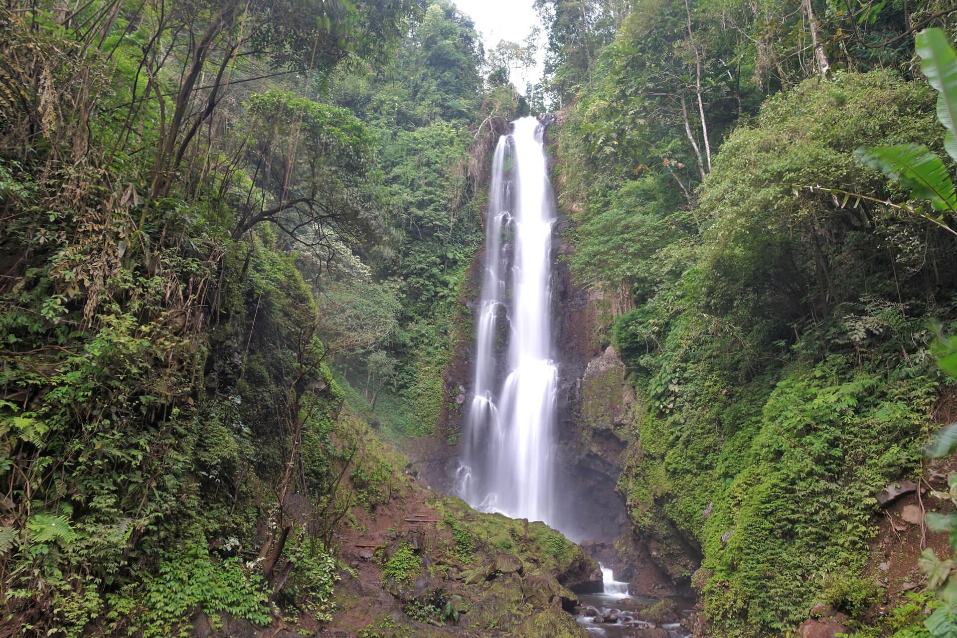 Melanting Wasserfall auf Bali