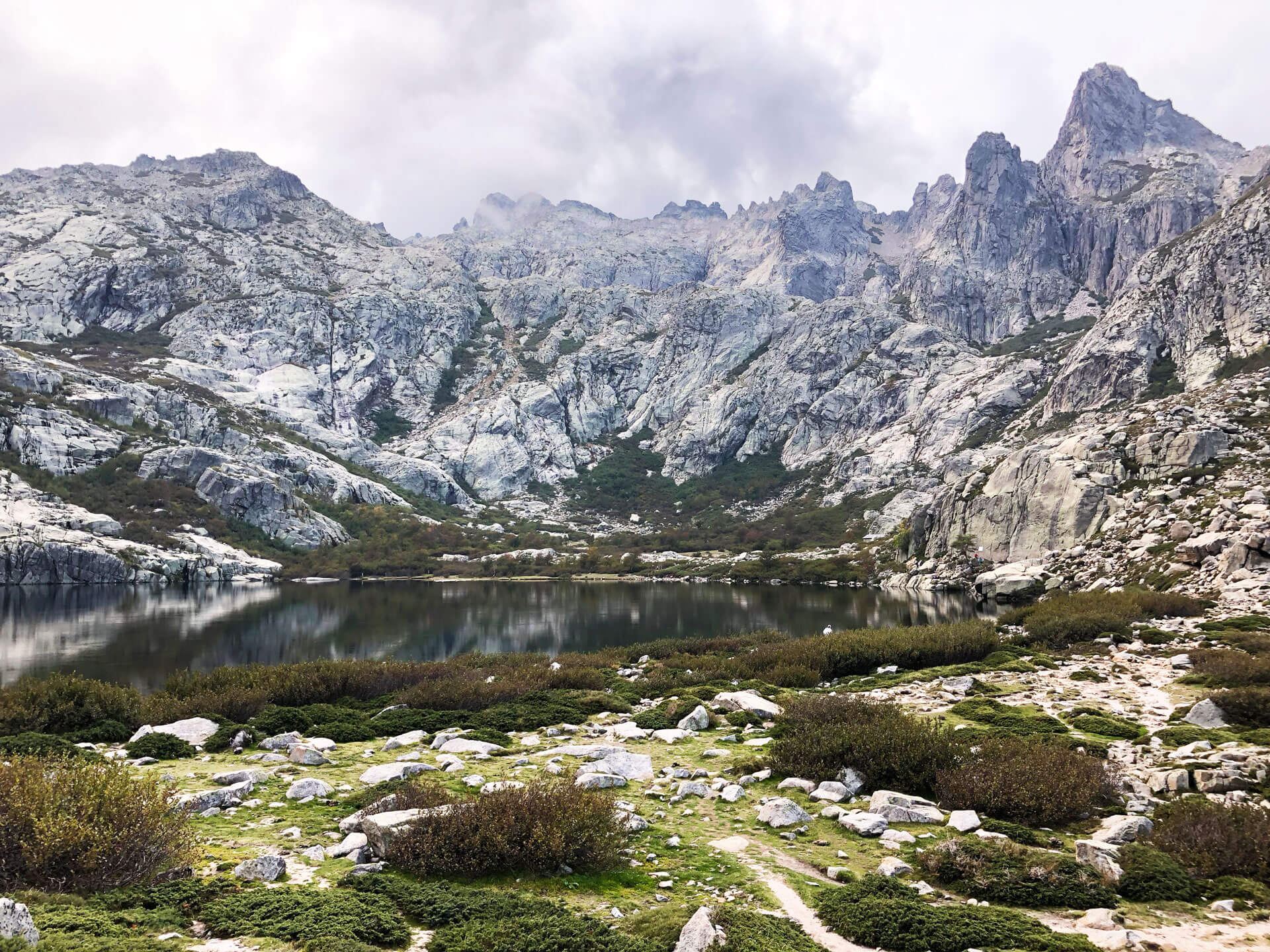 Bergsee bei Corte Korsika