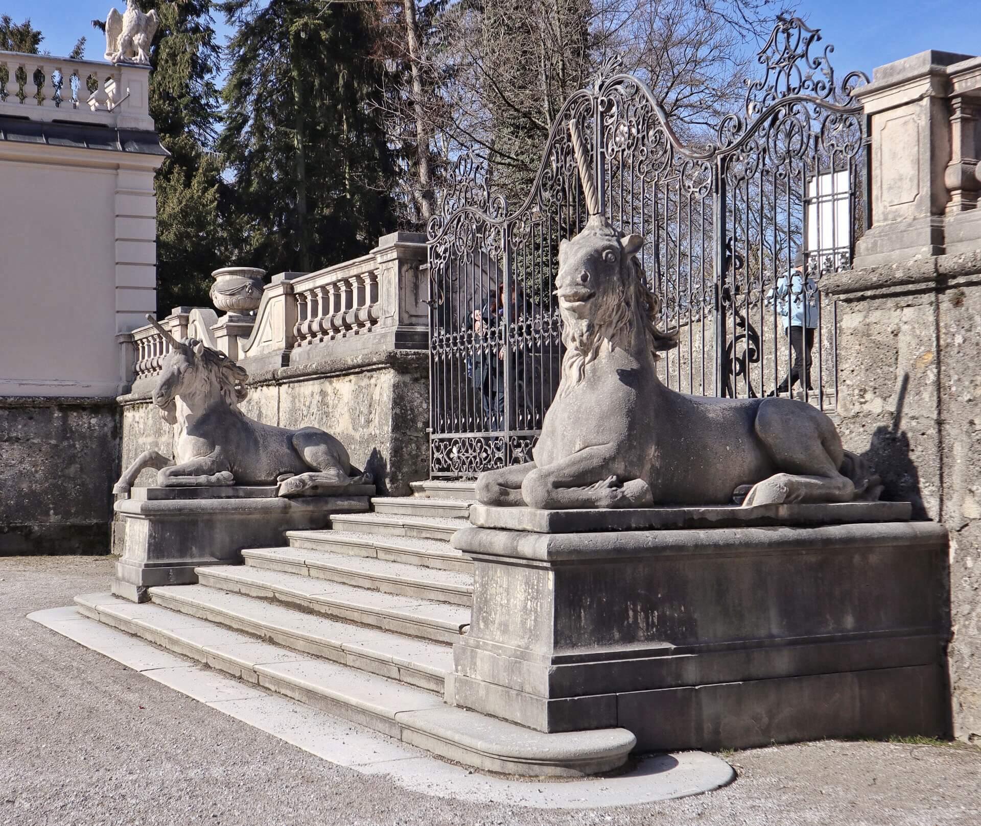 Einhörner im Mirabellengarten Schloß Mirabell Salzburg