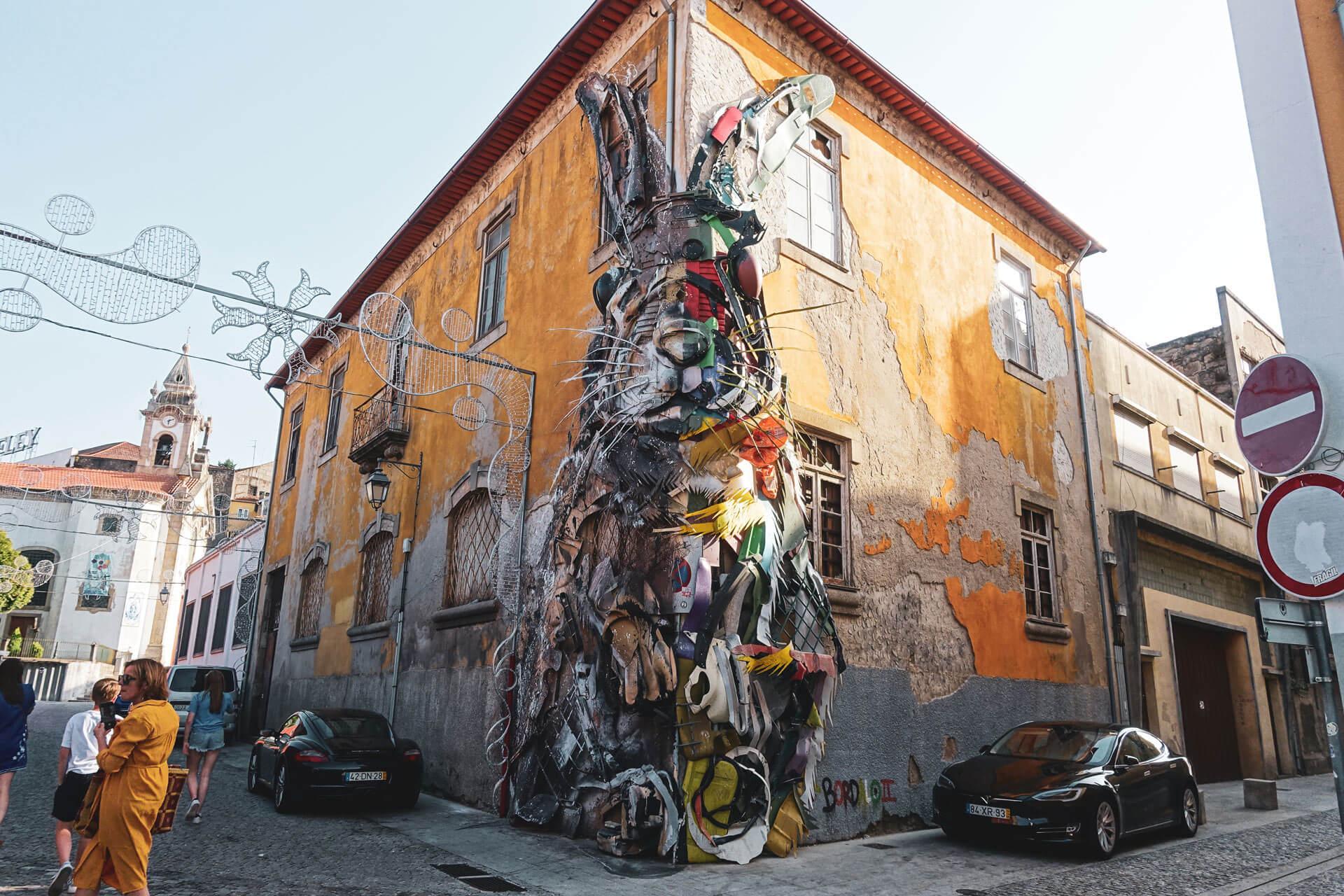 Streetart in Gaia - Hase