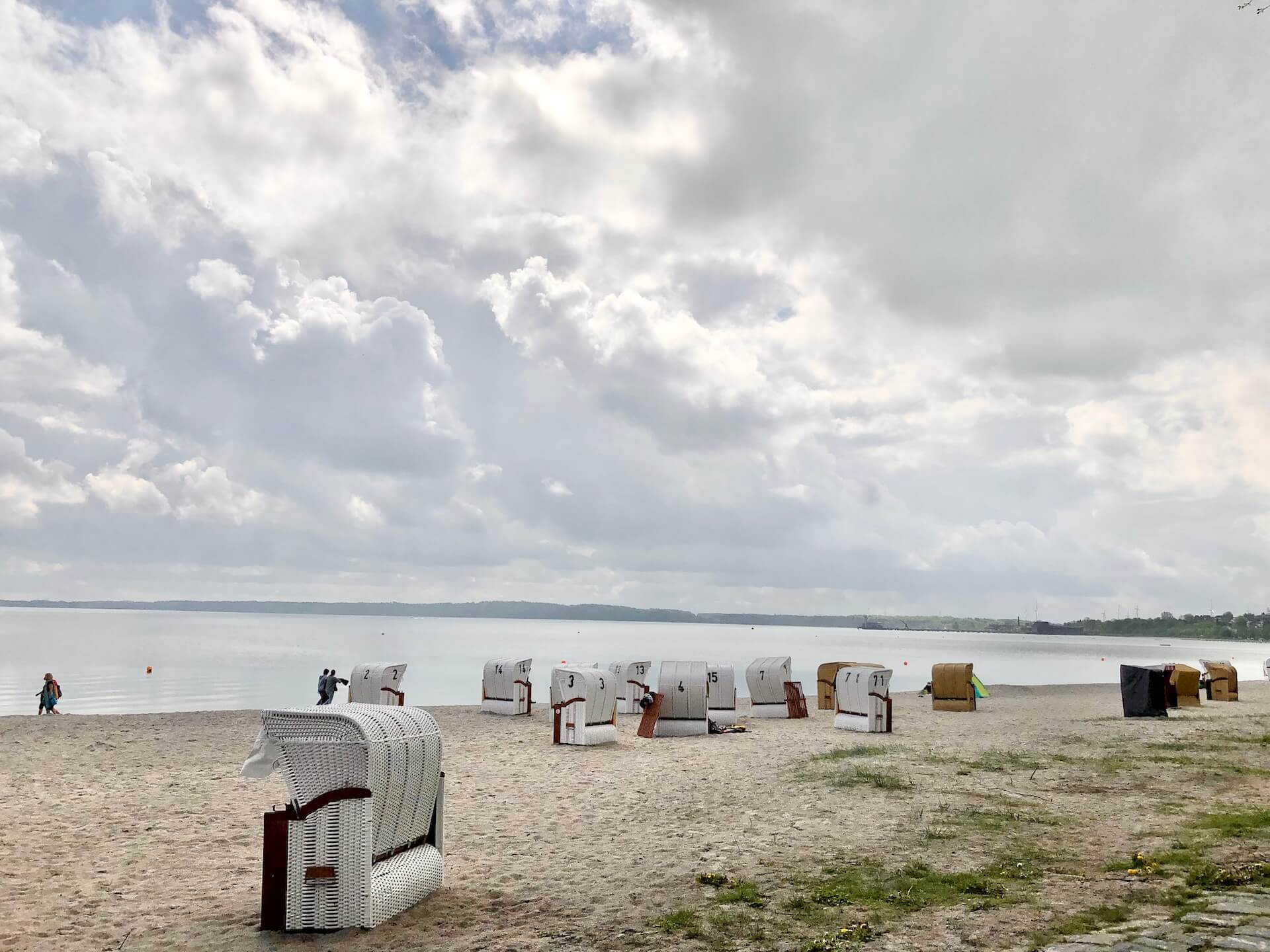 Eckernförde Tipps: Strandkörbe in der Eckernförder Bucht Strand